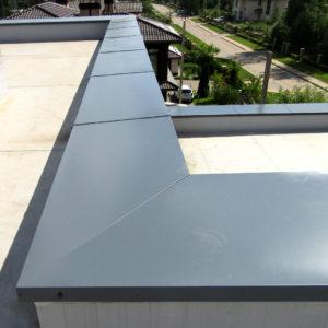 Оцинкованный парапет на крыше