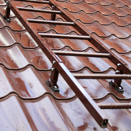 Лестница для ремонта крыши
